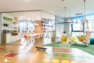 Proiecte frumoase - amenajare sali conferinte, birouri, sala relaxare