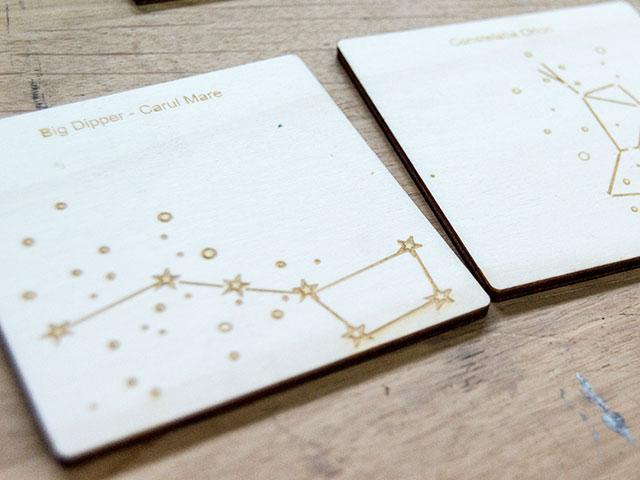 Coastere din lemn gravate cu constelatii - cod AX03