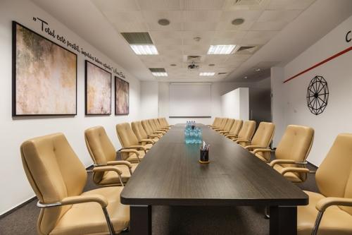 sala conferinta BDO12